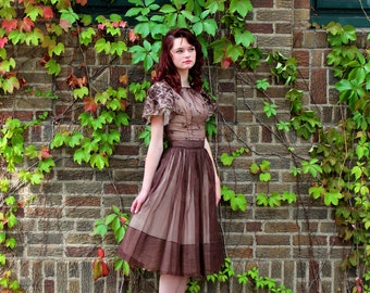 Glamorous Vintage Oxblood Dress Scalloped Sweet Heart Neck