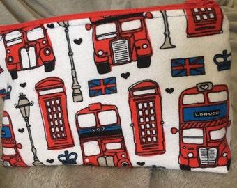 London Landmarks Print Makeup Bag/Zipper Pouch with Interior Pockets