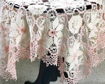 Small Victorian Tablecloth Crochet Pattern