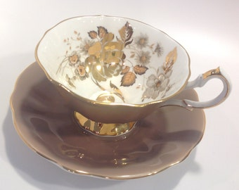 Gorgeous Queen Anne Bone China Made in England tea cup and saucer.