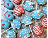 12 Cute Sweater & Mitten Cake Pops - red, light blue, Christmas party, baby shower, winter wedding, ski, snowman, frozen, ice skating, snow