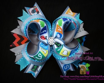 5 inch deluxe social media printed boutique bow ready to be shipped