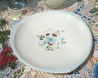 Vintage cake plate by Foley bone china in the lorraine pattern with pale blue rim and blue flower design. DP059