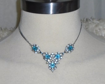 Vintage Art Deco Blue & Clear Rhinestone V Pendant Hook Necklace - 15.5inch