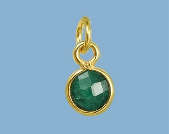 1ea. Tiny 6mm Green Emerald and Vermeil Bezel Pendant. 24k Gold Over Sterling Silver with 5mm Jump Ring Birthstone