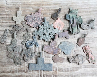 archaeological finds / Lot of 20 antique crosses and parts of crosses and charms / antique cross / digging objects / antique jewelry   #6