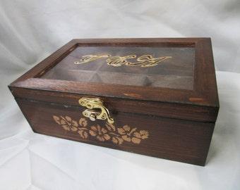 Wooden  tea box