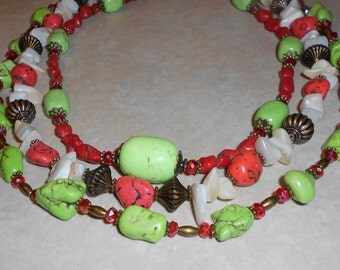 Red White and Green Turquoise Howlite with Crystal BeadsStatement Necklace and Earrings ~ Western Bling ~ Cowgirl ~ Western Cowgirl ~ Chunky