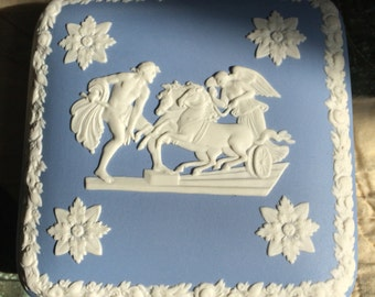 Vintage Wedgwood Trinket Box