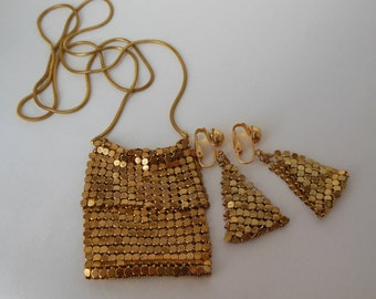 Vintage chain mail mesh purse necklace and clip earrings in gold-tone metal