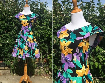 Vintage 1980s Dress - 80s Floral Print Cotton Party Dress - Take the Stage - medium M