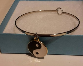Yin and Yang bangle bracelet