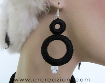Earrings cotton black