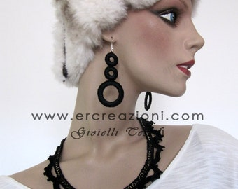 Earrings cotton black