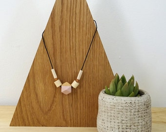 Collar Geométrico de madera