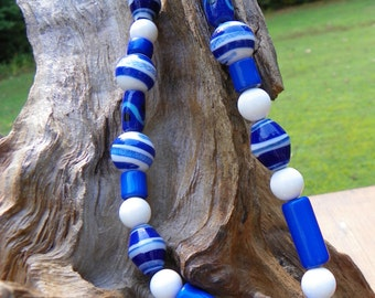 """Chunky royal blue and white acrylic beaded necklace 18"""" for her"""