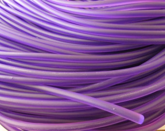 D-02823 - 1 metre syntetic Rubber Cord 5mm lilac