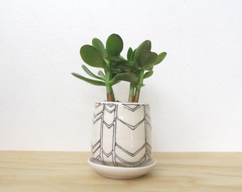 Small Black and White Chevron Planter. Tiny planter. Modern. Succulent. Cactus. Handmade. Porcelain. Drainage hole. READY TO SHIP.