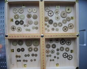 Vintage clock gears / Set of 20 / Small BRASS Gears parts / alarm clock parts / Robot mix parts / brass gears / steampunk gears - g54