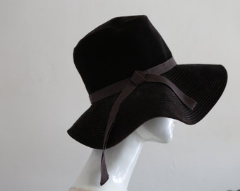 Vintage brown velvet hat