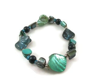 Dyed Green and Blue Shell Beaded Stretch Bracelet