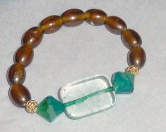 Brown Glass Bead Bracelet with Aqua Clear Glass Bead