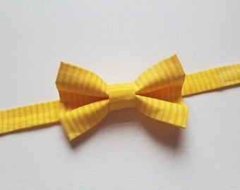 Boys Bowtie - Two Tone Yellow Striped Fabric - One Size Fits Most Adjustable Bow Tie Infants Toddler Child Tween Boy Men