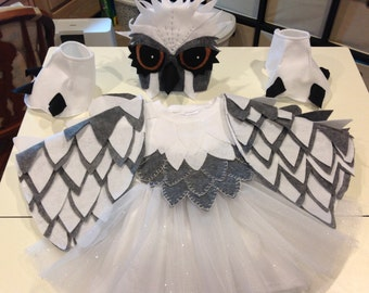 Complete Snow owl costume! Stand out costume for your little one, tutu can be changed to pants for boys.