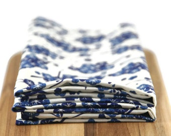 cloth napkins in blue floral print - 19 x 19 inches - set of two