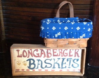 Longaberger Single Handled Key Basket 1989 with liner.