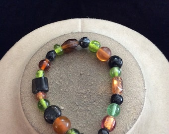 Vintage Black Green & Orange Glass Beaded Bracelet