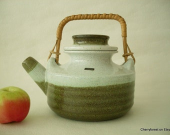 Scandinavian Mid Century Modern large Teapot, Swedish vintage   Nittsjö Keramik , designed  by Thomas Hellström 1970's.