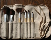 Makeup Brushes in a Pouch Hemp and Cotton Fabric Blend Comes Full of 6 Vegan Brushes Every Brush You Need to Apply Mineral Makeup