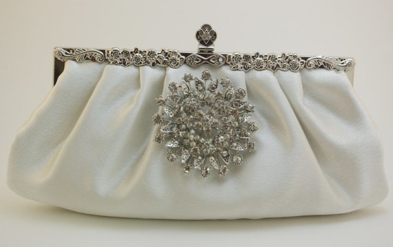 Wedding Clutch Ivory Bridal Handbag Bridal Clutch Bag Round