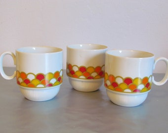 Vintage Georges Briard Coffee Mugs Carousel Pattern Retro Coffee Cups  Set of Three Orange Red Yellow