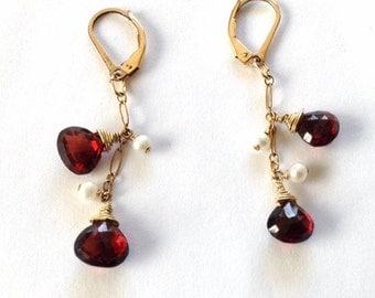 Garnet Dangle Earrings- Cultured Pearl Dangle Earrings - Gold Leverback Dangly Earrings - Garnet Briolette - 14k Goldfilled Pearl Earrings