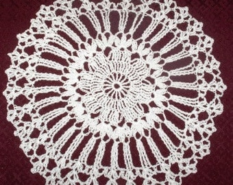 White crochet doily, crochet doily, table cloth,lace doily, round doily, handmade, home decor