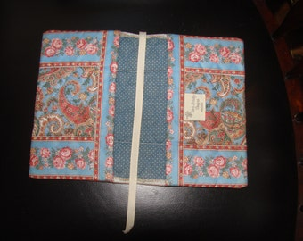 Vera Bradley Indiana Sky Blue Paisley Book Cover Mint UnUsed Conditon