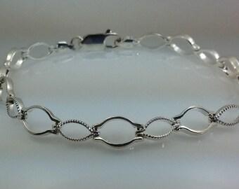 """8"""" Sterling link bracelet."""