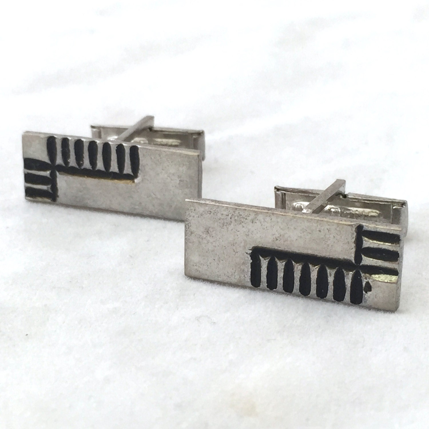 Cuff Links Tie Clips Circuit Board Cufflinks Silver Tone Rectangle Tribal Gray And Black Vintage Embellished