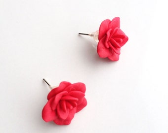 Red flower earrings, red earrings, studs earring, red rose earrings, red rose, earrings, flower, red, rose, polymer clay, red rose jewelry