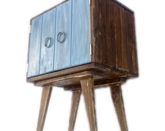 Rustic Record Bedside Drinks Cabinet - Recycled Pallet Wood Furniture