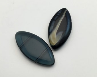 2 glass beads  double drilled holes blue black shades 20mm x 40mm #PV 093