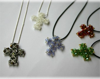 Cross pendant beading TUTORIAL