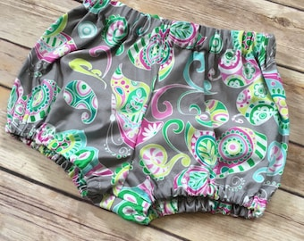 Bloomers for baby toddler girl. Shorts for baby toddler girls. Paisley shorts. Gray shorts