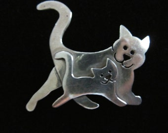 Cat and Kitten brooch
