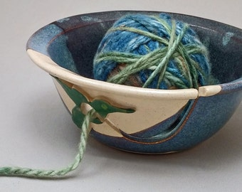 Hummingbird Yarn Bowl by Stegall's Pottery