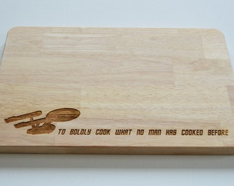 Star Trek Engraved Wood Chopping Board, To Boldly Go, Cheeseboard, Star Ship Enterprise, Birthdays, Trekkie, 2 SIZES