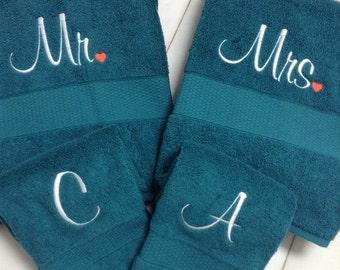 Custom Embroidered Towels, housewarming gift, wedding gift, bridal shower gift,