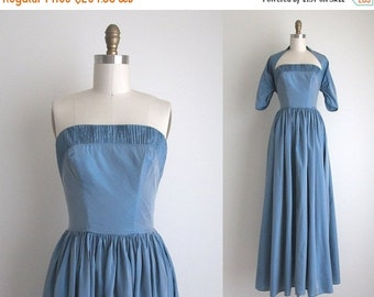 "SALE 30% OFF 1940s Formal Dress / Vintage 1940s Dress / Blue Taffeta Party Dress 25"" Waist"